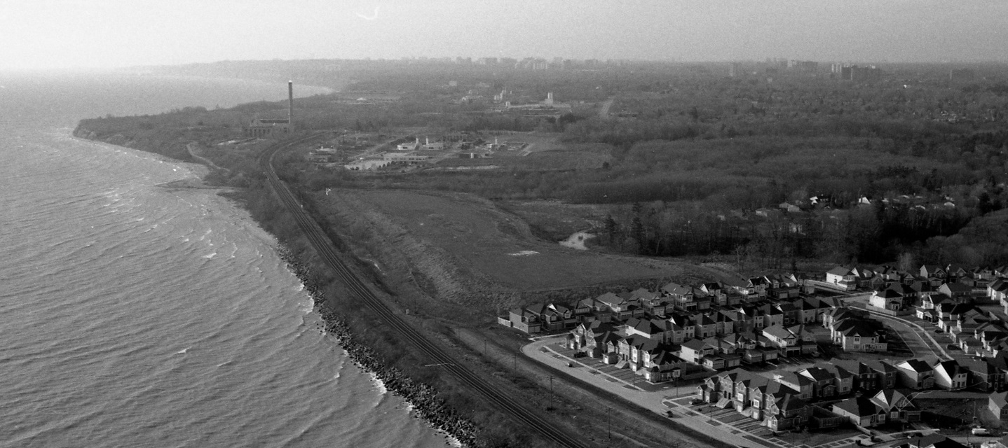 black and white aerial photograph of Lake Ontario waterfront