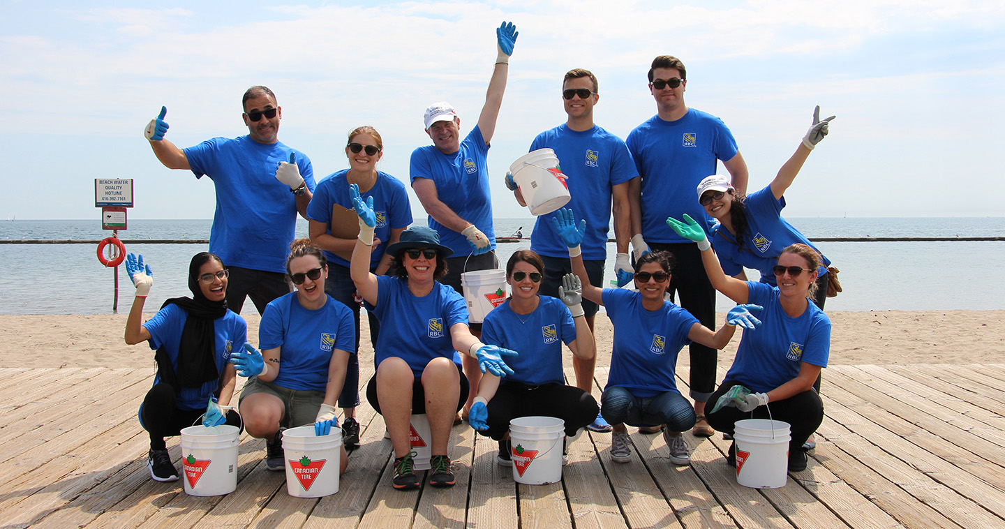 corporate team participates in Look After Where You Live program