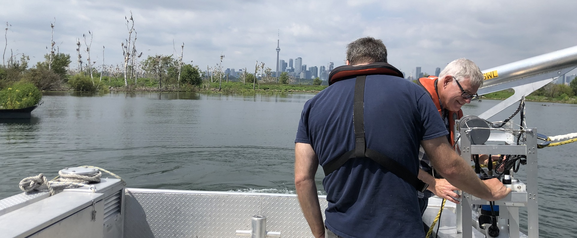 TRCA team conducts aesthetics monitoring along Toronto waterfront